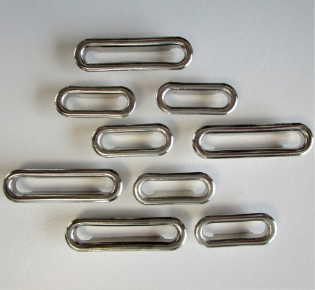 OEILLETS oval métallique